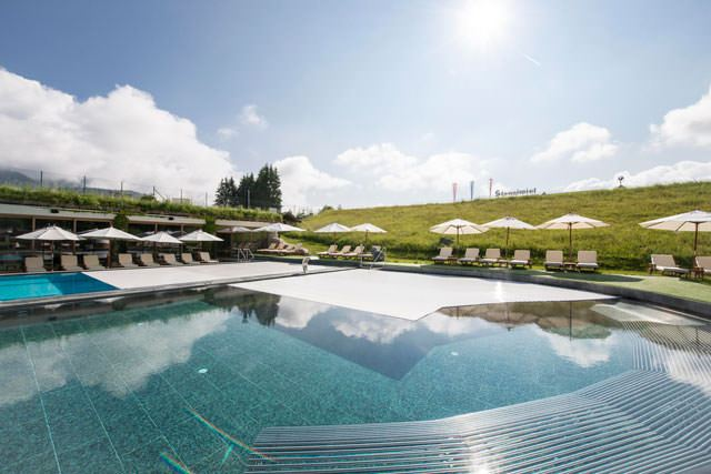 Hotelpool Stanglwirt with Rollo Solar pool cover